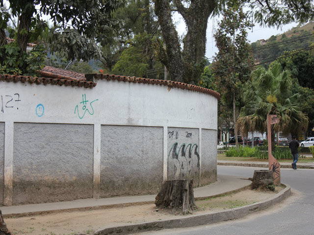 Foto - [1810] Casa Petrópolis, Nogueira